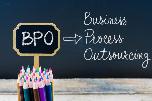 BPOってなに?経理をアウトソーシングするメリットとポイント